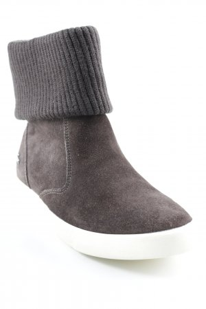 Lacoste Short Boots dark brown casual look