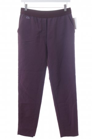 Lacoste L!VE Stoffhose brombeerrot Street-Fashion-Look
