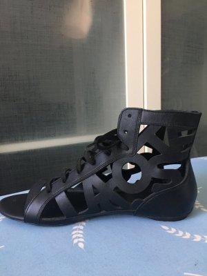 Lacoste Sandale mit Logoprägung schwarz 40,5