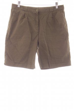 Lacoste Shorts olivgrün Street-Fashion-Look