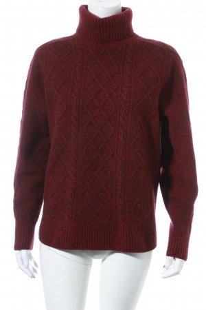 Lacoste Wollpullover brombeerrot Street-Fashion-Look