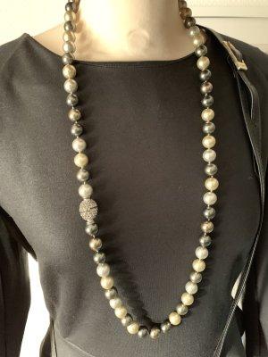 Länge Perlenkette mit tollem Magnetverschluss