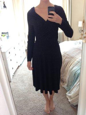 Laengeres gemuetliches Kleid von Jake*s M 38 40