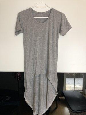 Längeres lockeres T-Shirt