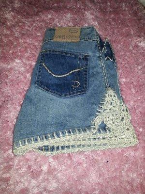 Lässig kurze Jeans Hose aus Amerika