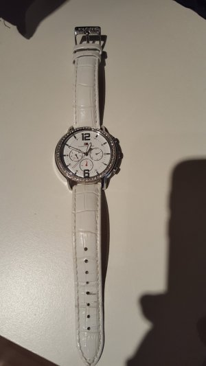 Lässige Armbanduhr