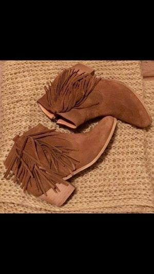 Lässige Buffalo Cowboy Boots mit Fransen