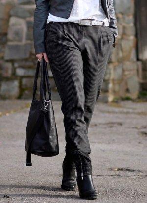 Lässige Damen Nadelstreifen Hose gestreift schwarz von Expresso Fashion Gr. 36