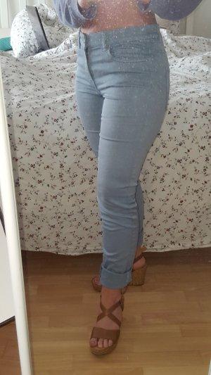 lässige Hose im Jeanslook