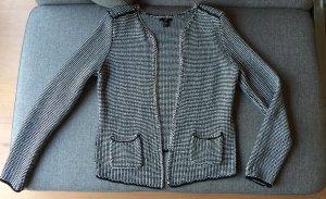 Lässige Jacke von H&M mit Metallapplikationen