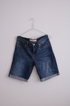 Lässige Jeansshorts mit gekrempelten Beinen Weite 29