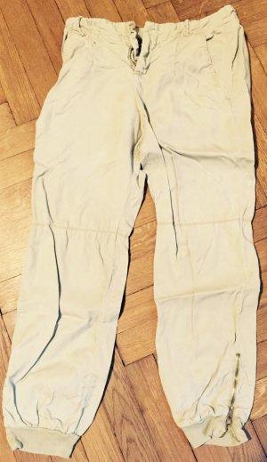 Lässige Khaki-Pants mit Gummibund und Reißverschluss am Knöchel
