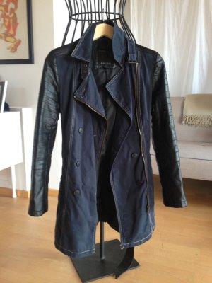 Lässige Mantel-Jacke mit Kunstleder Ärmeln, Gr. 36/38