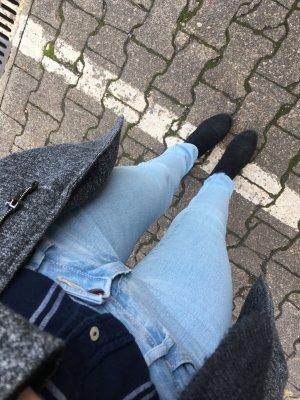 Lässige Röhren Jeans