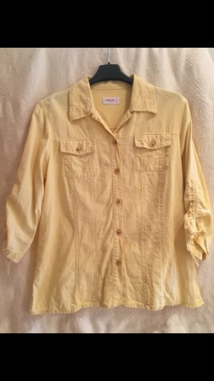 Lässige sommerliche Bluse mit Dreiviertelärmeln