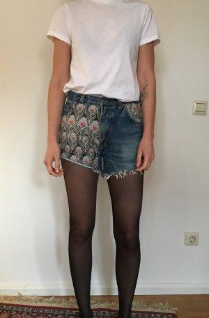 Short en jean bleu foncé