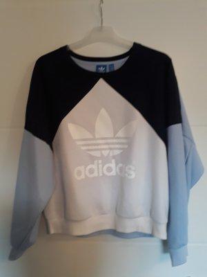 Lässiger Adidas Pullover