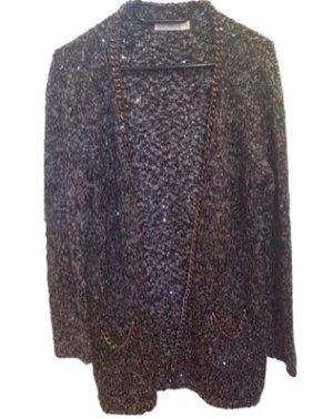 Lässiger langer schwarz weißer Woll Cardigan mit Ketten