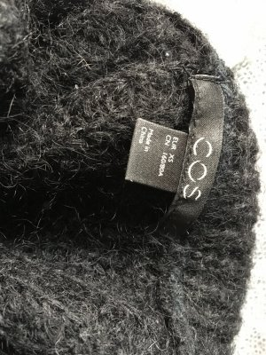COS Coarse Knitted Sweater black wool