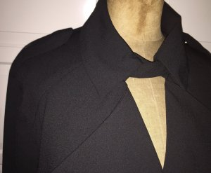 Lässiger schwarzer Trenchcoat