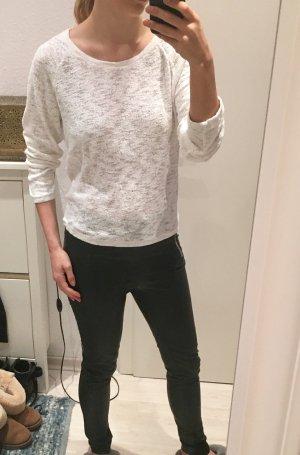 Lässiger weißer Pullover