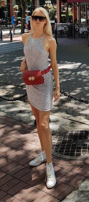 Lässiges Kleid in Grau