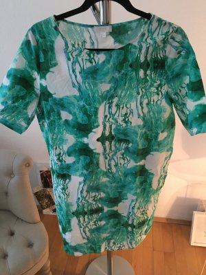 Lässiges Sommerkleid von COS mit tollem Muster