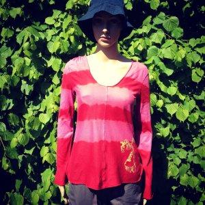 Lässiges Sommershirt in tollen Farben mit Kapuze