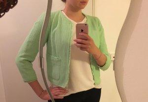 Läute den Sommer ein! Hellgrünes Jäckchen von Zara Basic
