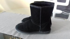 Snow Boots black suede
