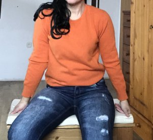 0039 Italy Pull en laine orange fluo-orange
