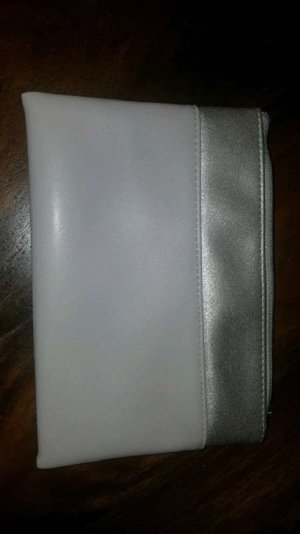 Pochette light grey-silver-colored imitation leather