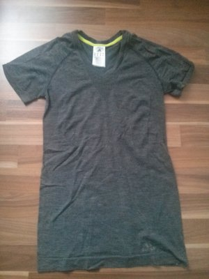 lang geschnittenes Sporttop Adidas Sportshirt Laufshirt grau Winter Yoga