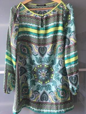 Langärmeliges Shirt-Kleid