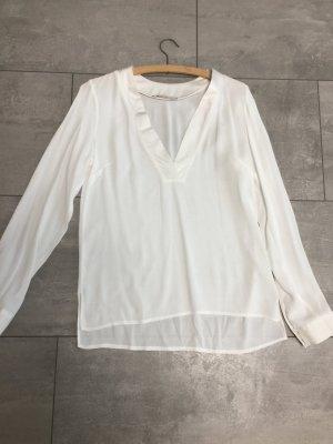 Langärmlige weiße Bluse von Reserve
