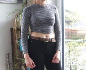 langärmliges crop shirt