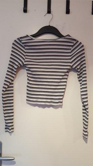 Langärmliges cropped Shirt