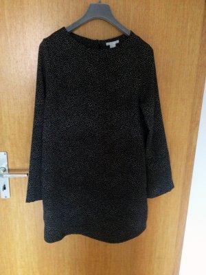 Langärmliges Kleid mit Punkten
