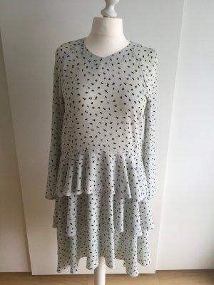 Langärmliges Kleid mit Schösschen
