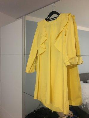 Langärmliges Kleidchen