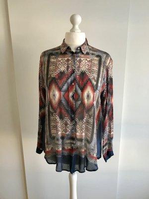 Langarm-Bluse im Ethnostil