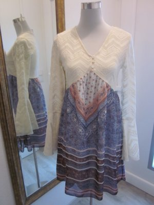Langarm Kleid Spitze Creme Bunt Gr 36/38 Trompetenärmel #hippie