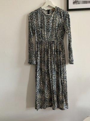 Langarm Midi-Kleid