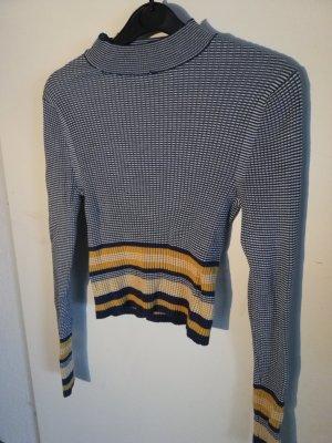 Langarm Pullover mit hohem Kragen