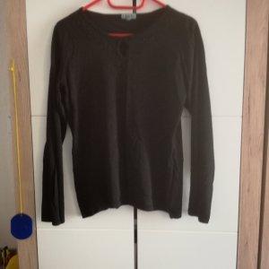 Langarm-Shirt mit kleinen Cut vorne und Perlenstickerei