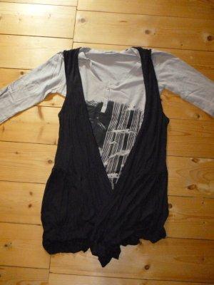 Langarm-Shirt mit schwarzer langer Weste
