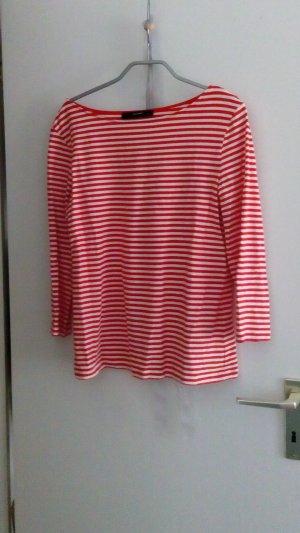 Langarm Shirt mit U-BOOT Ausschnitt.