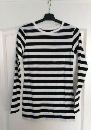 Langarmiges Shirt schwarz-weiß gestreift