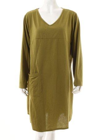 Langarmkleid olivgrün minimalistischer Stil