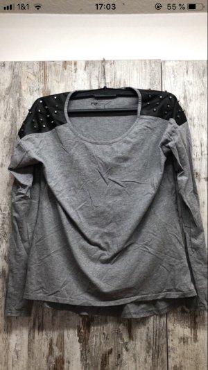 Haut long gris-noir